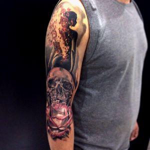 #tattoodo #rosetattoo #alexandreprim #skulltattoo #tattoo #curitiba #curitibatattoo