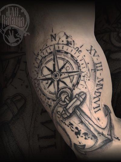 Mais um dos trabalhos feitos em Rio Verde-Go! #rataria #tattoo #blackwork #blackworkers #blackworkerssubmission #ttblackink #onlyblackart #theblackmasters #tattooartwork #inkstinct #inkstinctsubmission #superbtattoos #wiilsubmission #stabmegod #tattoos_artwork #compass #compasstattoo #anchor #anchortattoo #tattoooftheday