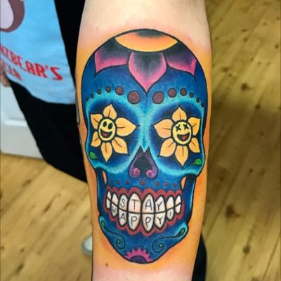 Colored #SugarSkull I made. #dayofthedead #skull #skulltattoo #dayofthedeadskull #newschool #bold #fineline