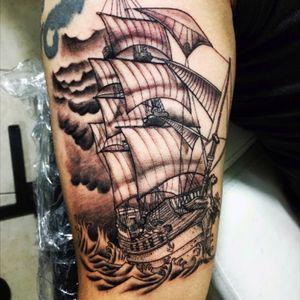 #pirateshiptattoo #pirate #piratetattoo #line #black #blacktattoo #detail #diente