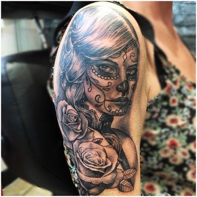 dia de los muertos Catarina #dayofthedead #sexylady #roses #realistic #blackandgreytattoo #tattoooftheday