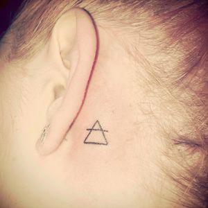 Air element symbol. Libra