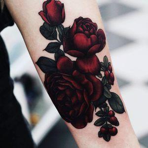 @fflowerporn #flowers #redflowers