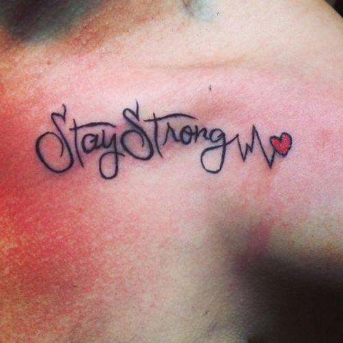 #staystrongtattoo #writingtattoo