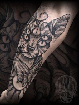 Num sei, to loco! #rataria #tattoo #blackwork #blackworkers #blackworkerssubmission #ttblackink #onlyblackart #theblackmasters #tattooartwork #inkstinct #inkstinctsubmission #superbtattoos #wiilsubmission #stabmegod #tattoos_artwork #egipt #cat