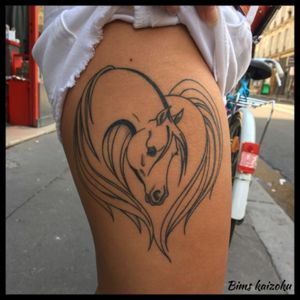 Tattoo cicatrisé🖖retrouvez moi cette semaines chez @sandydomont @phoenixtattoo_ch a Neuchatel en suisse 🇨🇭 #bims #bimstattoo #bimskaizoku #horses #cheval #animaux #animal #heart #coeur #paris #paristattoo #paname #neuchatel #suisse #raveninktattooclub #tatouage #tatouages #tatouée #ink #inked #tatt #tatts #tatted #tattoo #tattoos #tattoogirl #tattoostyle #tattoostyle #tattoolove