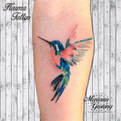 Watercolor hummingbird tattoo, origina design by Suren Nersisyan #tattoo #tatuaje #color #mexicocity #marianagroning #tatuadora #karmatattoo #awesome #colortattoo #tatuajes #claveria #ciudaddemexico #cdmx #tattooartist #tattooist #hummingbird #hummingbirdtattoo #colibri
