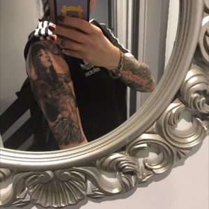 #blackwork #inkedgirl #girl #tattooedwomen #evillast #strongwoman