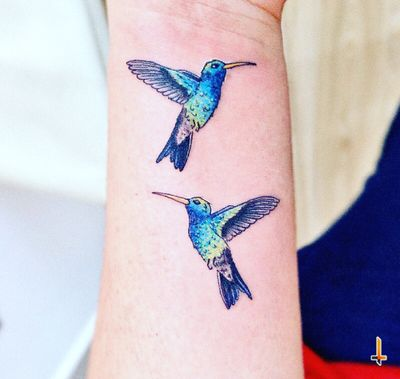 Nº620 Little Hummingbirds #tattoo #littletattoo #tattooed #ink #inked #hummingbird #hummingbirdtattoo #birds #birdtattoo #inmemoryof #rip #eternalink #bylazlodasilva