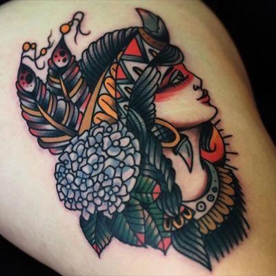 #mikeysharks @mikeysharks #nativelady #flowers #feathers #color #traditional #headdress #lady #welove