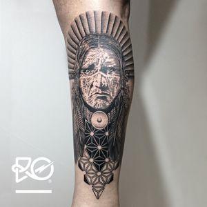 By RO. Robert Pavez • Geometric Indian American Native • #engraving #dotwork #etching #dot #linework #geometric #ro #blackwork #blackworktattoo #blackandgrey #black #tattoo #IndiaInspiredtattoos