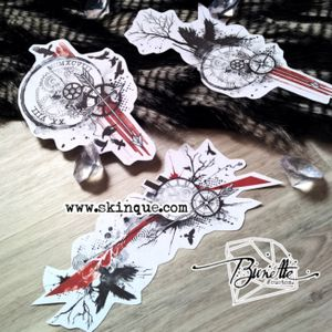 For downloads and commission visit www.skinque.com Old but classic designs of me #trashpolka #trashpolkatattoo #raven #raventattoo #compass #compasstattoo #clock #clocktattoo