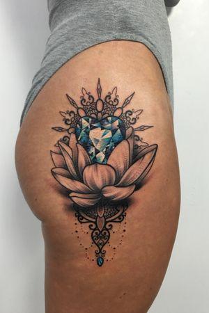 Cool lotus hip piece i did! #thescientist #travellingtattooist #ornamentaltattoo #jeweltattoo #gemtattoo #rose #jewel #ornamental #ornate #blackwork #dotwork #realism #hennism #floraltattoo #tattoodo #tattoodoapp #tattoo #ink #inkedgirls #tattooedgirls #tattoooftheday #amazingtattoos #tatouage #tatuaje #tatuagem #ryansmithtattooist #tattooartist