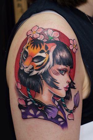 #geishatattoo #japaneseink #japanesetattoo #tattoodesign #orientaltattoo #newtraditionaltattoo #neotraditionaltattoo #girlytattoo #hongkongtattoo #hongkongtattooartist #ladytattooer #tigermasktattoo #inkmachine #intenzeink