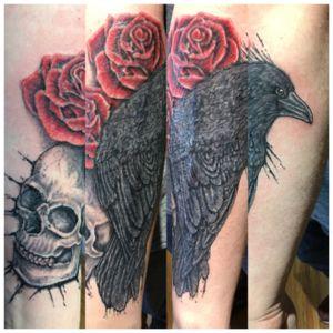 Finished up this scar cover-up. Really happy with the result. #art_in_motion_tattoo #coveruptattoo #scarcoveruptattoo #customtattoo #skulltattoo #raventattoo #rosetattoo #tattoo #kellytattooartist #veteranowned #wasillatattoo #alaskatattoo #wasillaalaska @art_in_motion_tattoo
