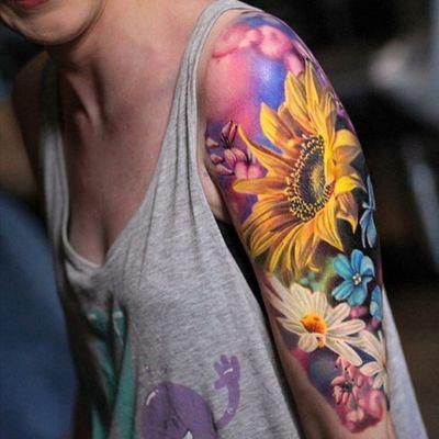 Luka Lajoie. #tattoodo #TattoodoApp #TattoodoBR #tatuagem #tattoo #inspiração #inspiration #tattooinspiration #instattoo #girassol #sunflower #LukaLajoie