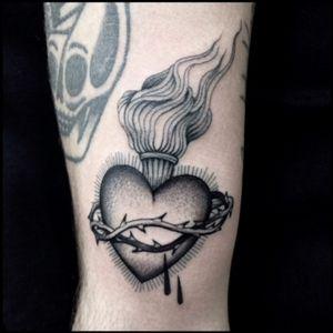 #black #sacred #heart #tattoo #blackwork #totemica #ontheroad