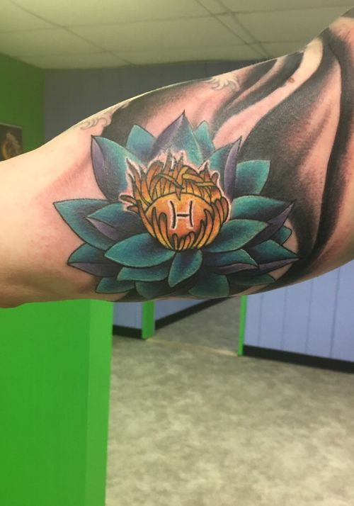 Lotus Flower with Family Brand