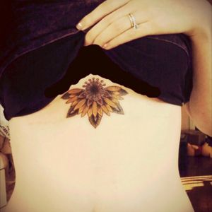 #halfmandala #sunflowers #sternum