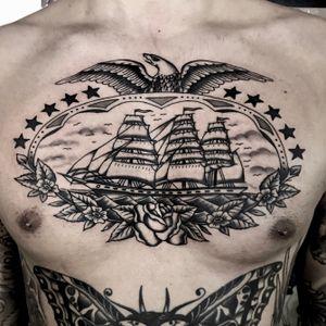 #milano #milanotattoo #topclasstattooing #oldlines #americanatattoos #traditionaltattoo #classictattoo #besttradtattoos #tradworkers #italian_traditional_tattoo #tattoolifemagazine #mansruintattooclub #bright_and_bold #tattoodo #blackworkerssubmission #tattoosnob #blackworkers #supportgoodtattoos #taot #tattooartistmagazine #radtrad #trflash #tattooculturemagazine #tttpublishing #quartiereisola #tattoomilano #traditionalartist #sailingship #chestpiece