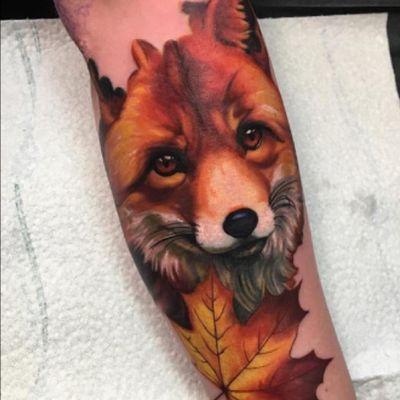 #fox #autumn #leaf #color #realism by #miguelameliach