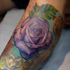 Rose in progress..#rosetattoo#flowertattoo#botanicaltattoo #hongkongtattoo