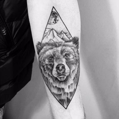 #dotwork #beartattoo #bear #moon #mountain