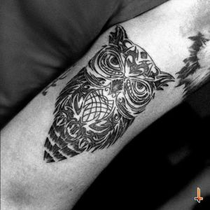 Nº153 Pattern Owl #tattoo #owl #owltattoo #tribal #patterns #filledwithlines #figures #bylazlodasilva Designed by Rodrigo Román Rios