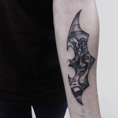 Client's desired design #lesinetattoo #lesineatelier #flashtattoo #tattooinspiration #tattoomania #tattooaddict #hktattoo #tattooartist #tattooist #theartoftattoos #illustration #taot #wearableart #traditionaltattoo #hktattoo #tatuaggio #Tätowierung #tatoeëren #tatuaje #tatuaje #batman #Joker