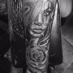 #tattoo#tattooink#tattoolove#tattoolife#ink#inkwolrd#roma#italy#instadayly#instagood#insta#instalife#mylife#lovemyjo#tattootime#tattoopeople#inkboy#girl#face#roses #rose