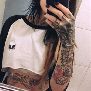 #tattooedgirls #suicidegirl