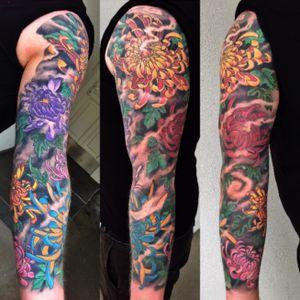 Japanese tattoo by George Bardadim #japanesetattoo #flowertattoo #japanesesleeve #halfsleeve
