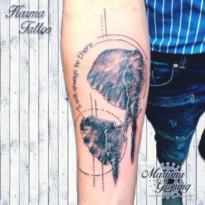Realisic elephant father and daugther tattoo #tattoo #tatuaje #color #mexicocity #marianagroning #tatuadora #karmatattoo #awesome #colortattoo #tatuajes #claveria #ciudaddemexico #cdmx #tattooartist #tattooist #elephant #elephanttattoo #father #fatheranddaughter #fatherandson