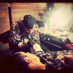 In session!!!!!! #tattoo #Myfirsttatto #foxtattoo #rosetattoo #skulltattoo #thelittleprince