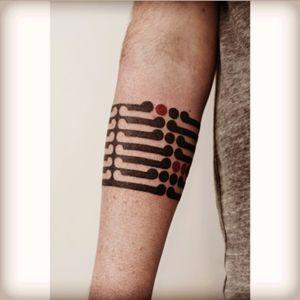 Artist #VictorJWebster #armband #linework