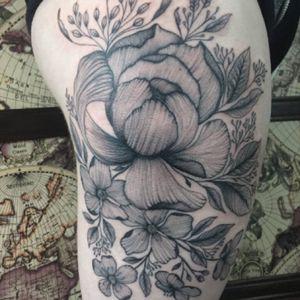 #tattoomediaink #tattooarmada #tatttoolifecommunity #theblackmaster #blackworkers_tattoo #blackworkers #tattrx #txttooing #inksensation #contemporarytattoo #iltatuaggio #inkedmagitaly #tattoo2me #flowertattoos #thighttattoos #prettytattoos #peonytattoos #tattoosleeve #tattoomobile #TAOT #LadyTattooers #inkstagram #TattooLife #liontattoo