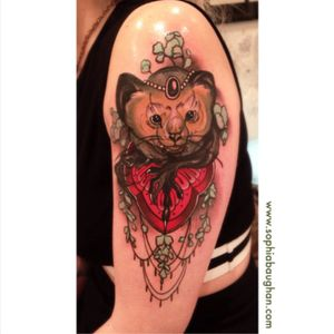 Look at this adorable tattoo by...? Of course by Sophia Baughan 😍 #tattoo #colortatto