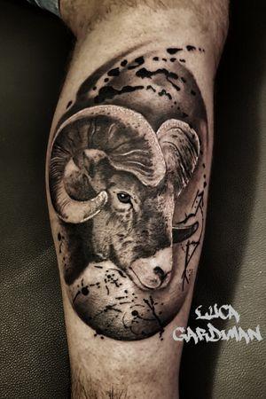 ⚜️ARIES⚜️ #realistic #Aries #Tattoodo #portraittattoo #tattooartist #tattooart #tattoooftheday #tattooftheday #blackandgreytattoo #ariestattoo #ink #inked #inkmag #inkmaster #thebesttattooartists #italy #italiantattooartist