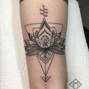 #tattoomediain#tattoodo #tattooarmada #tatttoolifecommunity #theblackmaster #blackworkers_tattoo #blackworkers #tattrx #txttooing #inksensation #contemporarytattoo #iltatuaggio #inkedmagitaly #tattoo2me #mandalaforearm #tattoomandala #lotusflowersmandala #geometricmandala #tattoosleeve #tattoomobile #TAOT #LadyTattooers #inkstagram #TattooLife #liontattoo