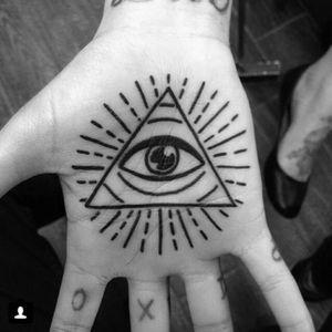 Tattoo by @rodrigocanteras #lovehatenewyork #lovehatesocialclub