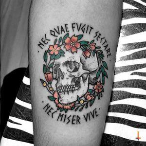Nº256 #tattoo #ink #inked #drawing #sketch #skull #skulltattoo #wreath #wreathtattoo #floral #flowers #latin #color #eternalink #bylazlodasilva
