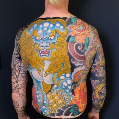 #carlosamorimtattoo #familiaamorimtattoo #japanesetattoo #orientaltattoo #foodog #foodogtattoo #backpiece #oriental #orientaltattoo #japanesetattoo #tattooart #tattooistartmag #tattooartistmagazine #tattoo2me #Tattoodo #tattoooftheday #lisbontattoo #portugal 🇵🇹