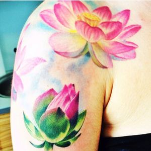 Artist Caryl Cunningham #carlycunningham #flower #lotus #shoulder