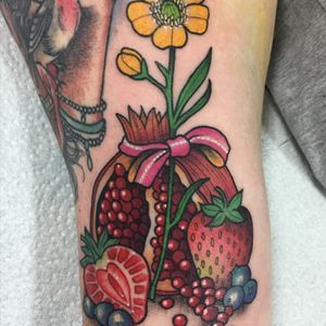 Fruity arm filler