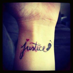#wrist #footprint #angelbaby #perfectimagewaterloo #justice @Fire_Pirate
