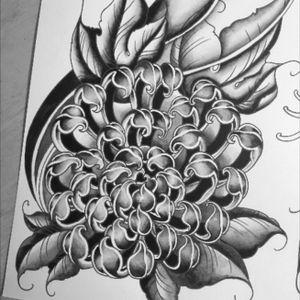 Japanese influence #chrysanthemum #Handpainted #originaldesign