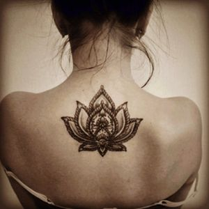 Lotus Flower tattoos.. This is what i need as my next tattoo @amijames #DreamTattoo #AmiJames #MiamiInk #Tattoo #lotustattoo #BackTattoo