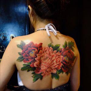 Chinese painting style peony flowers #peonytattoo #peonyflowertattoo  #flowertattoo #japanesetattoo  #orientaltattoo #hongongtattoo  #hongongtattooshop  #hongongtattooartist  #inkmachine