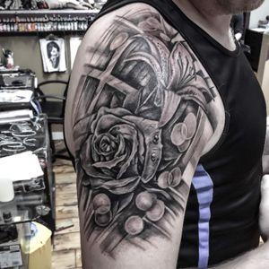 Done today... #turcotattooist #turcotattoostudio #turcotattoos #skincitytattoodublin #blackandgrayflower #tattoodo