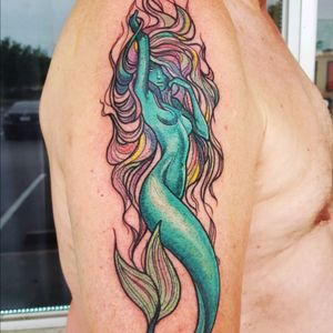 This was the pic i had planned on doing if i did my sleeve. Crazy #mermaid #ocean #water #color